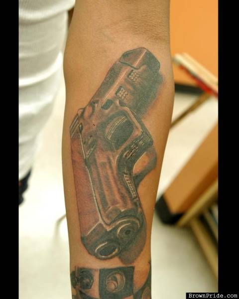 Arm-Glock-Tattoo