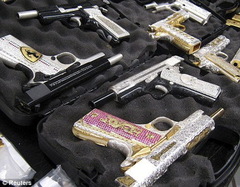 Mexican-Drug-Lord-Guns-Diamonds-1