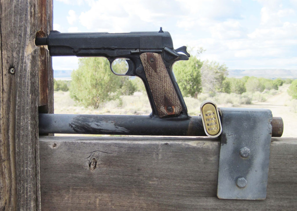 1911 Gate Latch