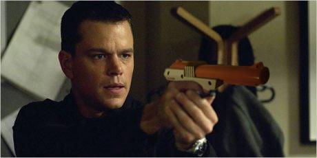 Bourne-Identity-NES-Nintendo-Zapper