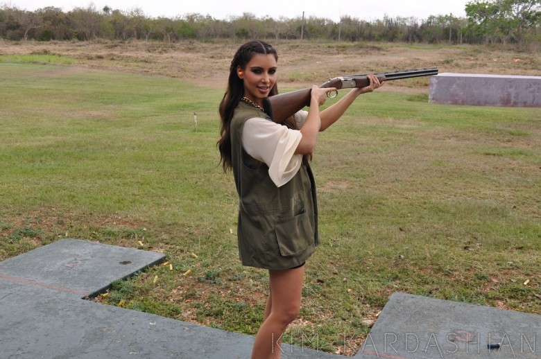 Kim-Kardashian-Skeet-Shooting-Shotgun