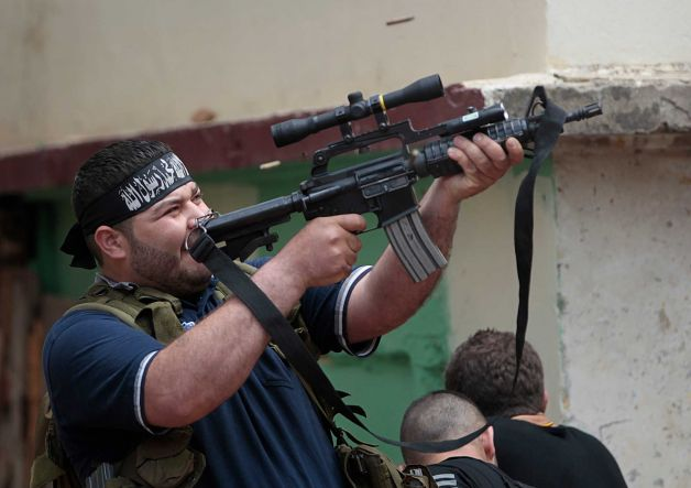 Sunni-Gunman-Tripoli-Lebanon-Scope