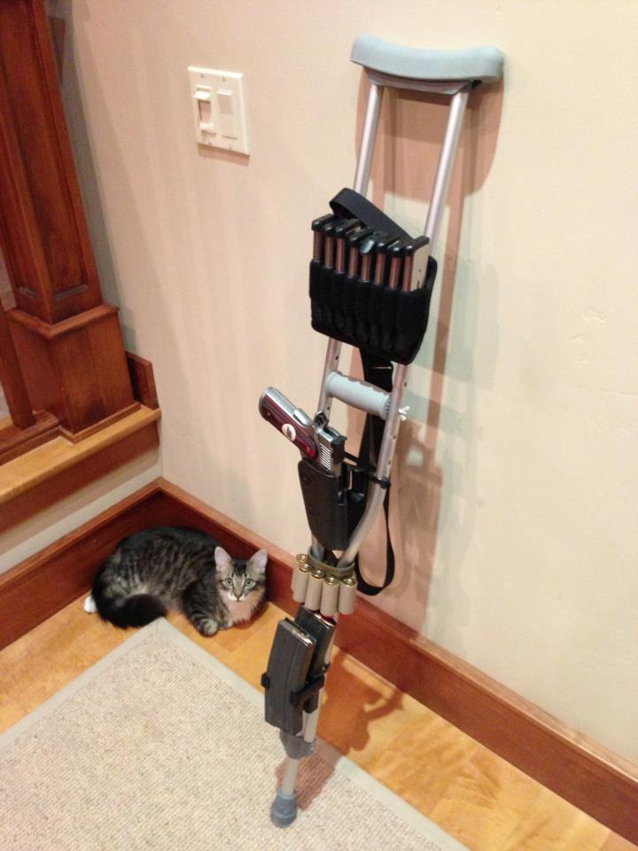 Tactical-Crutch
