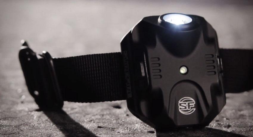 SureFire-2211-Tactical-WristLight