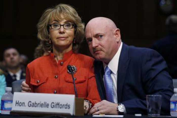 Mark-Kelly-Gabrielle-Giffords