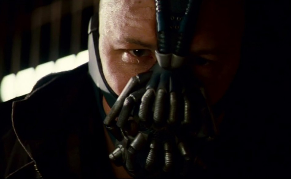 The-Dark-Knight-Rises-close-up