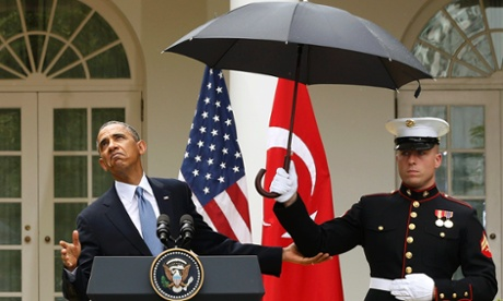 Obama-Rain-Marines-Umbrella