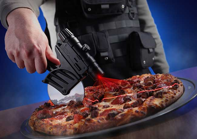 Tactical-Pizza-Cutter-3