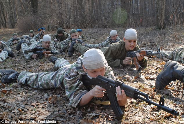 Russia-Youth-Military-Training-Camp-1