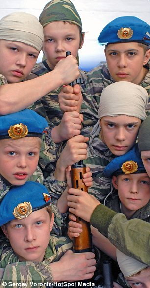 Russia-Youth-Military-Training-Camp-3