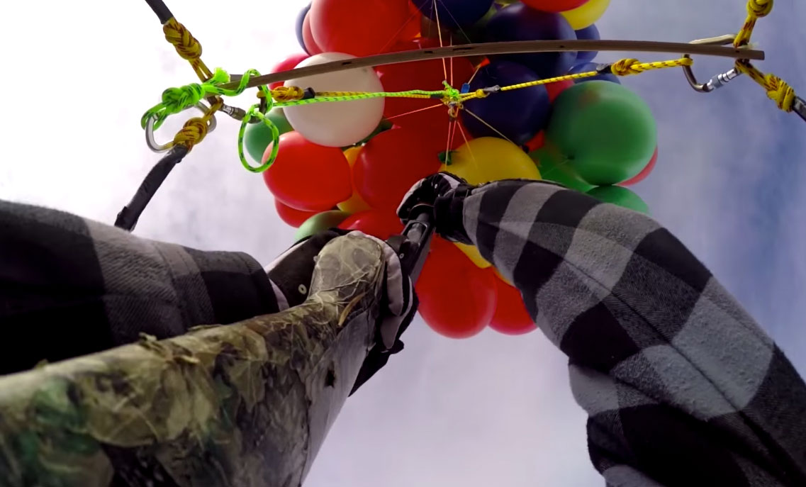 Erik-Roner-Helium-Balloon-Lawn-Chair