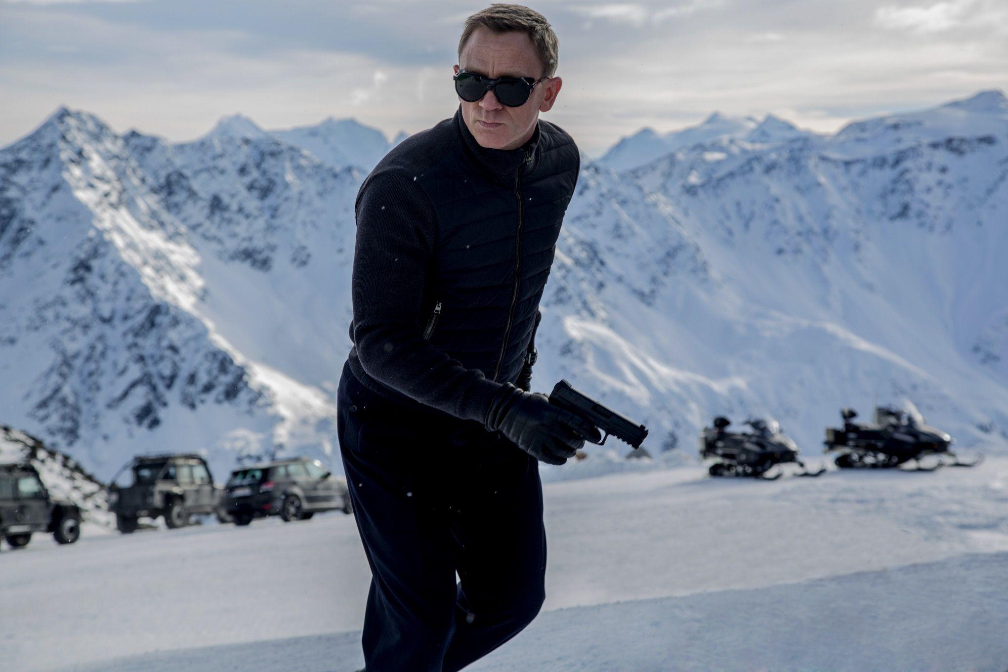 James-Bond-Spectre-HK-VP9