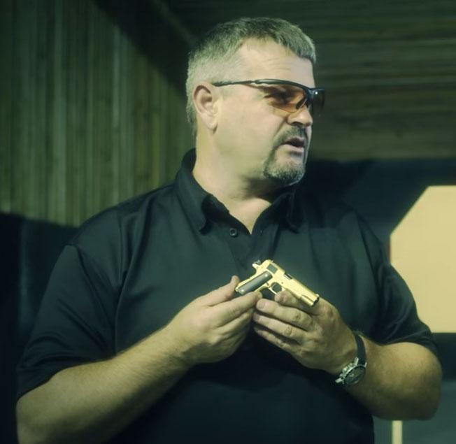 Larry-Vickers-Miniature-Guns