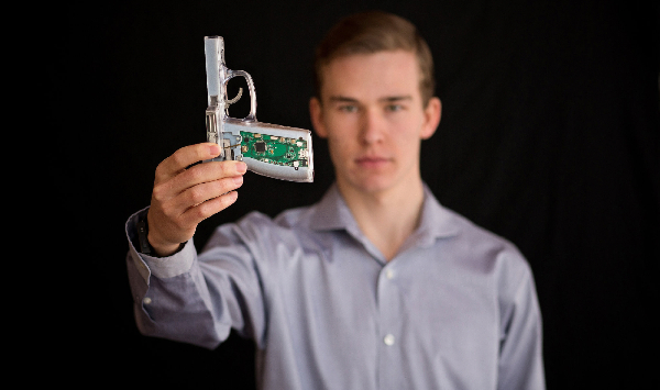 Kai-Kloepfer-Smart-Guns