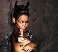 Rihanna-Gun-Tattoo